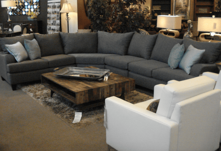 Sectionals to fit any space for Sectionals for small rooms canada